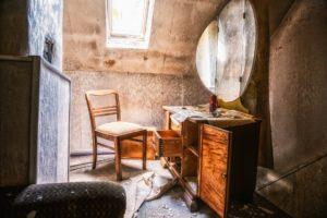 Rénover son meuble ancien en bois.